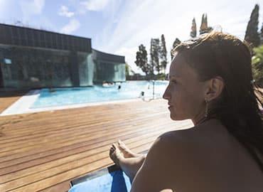 tourismusmarketing - tourismusbetrieb-therme-bergbahn-kletterpark-sauna-sommerrodelbahn-rodelbahn